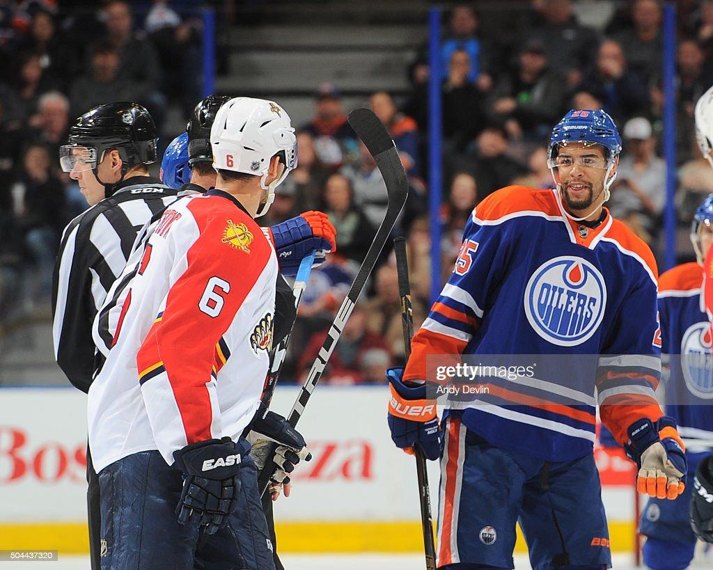 Florida Panthers v Edmonton Oilers : Fotografía de noticias
