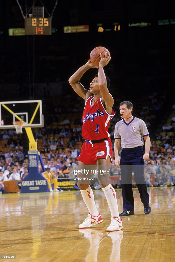 Darnell Valentine Of The Los Angeles Clippers Shoots The Ball During The  NBA Game Against The
