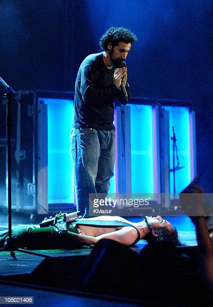 Daron Malakian and Serj Tankian of System of a Down perform at the MTV Video Music Awards Latinoamerica 2002
