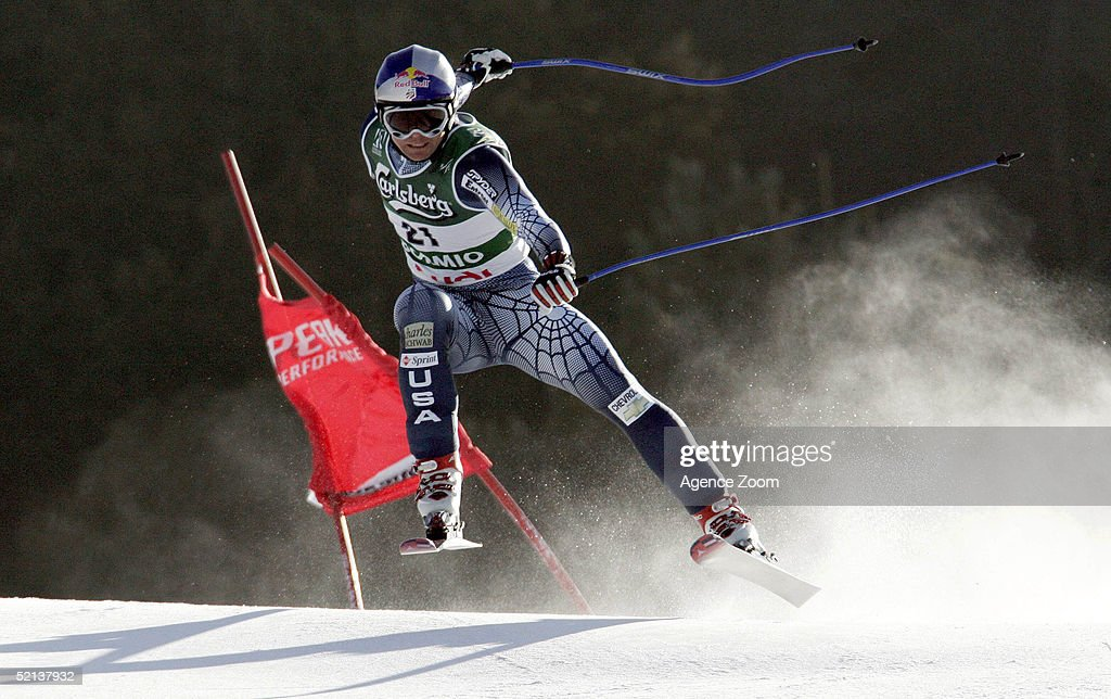 Daron Rahlves of USA competes during his second place finish in the Men's Downhill at the FIS Alpine World Ski Championships 2005 on February 5, 2005 in Bormio, Italy.