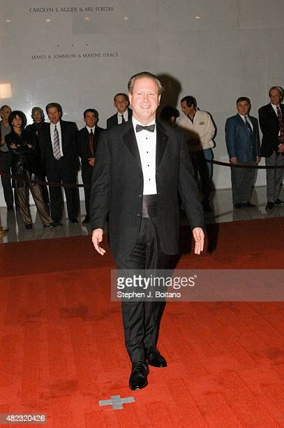 Darrell Hammond arrives to the Kennedy Center for the 6th Annual Mark Twain Prize in Washington DC Tomlin is to be awarded the prize