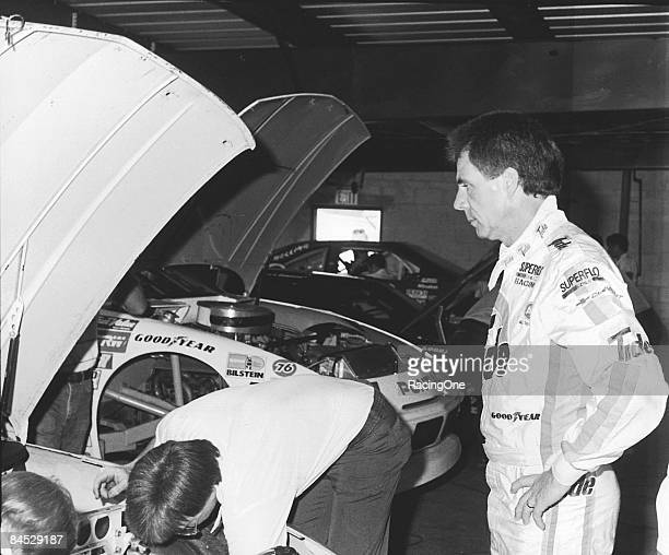 Darrell Waltrip shows the anticipation mounting leading up to race time in the 1989 Daytona 500