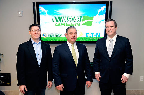 Darren Beck Director Of Environmental Initiatives For Sprint Dr Mike Lynch Vice
