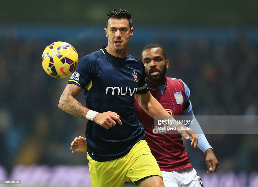 Aston Villa v Southampton - Premier League : News Photo