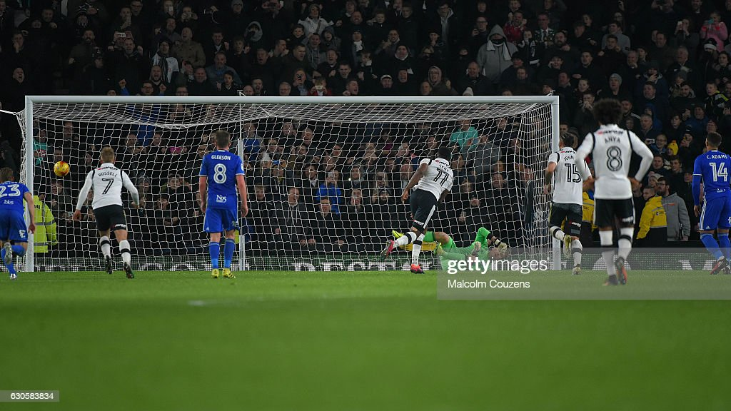 Darren Bent of Derby County converts the winning penalty kick past Tomasz Kuszczak of Birmingham City during the Sky Bet Championship match between Derby County and Birmingham City at iPro Stadium on December 27, 2016 in Derby, England.