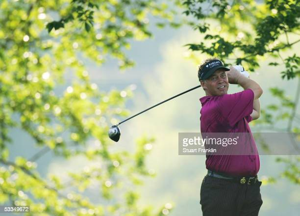 Darren Clarke of Northern Ireland watches a tee shot during the third practice round of the 2005 PGA Championship at Baltusrol Golf Club on August...