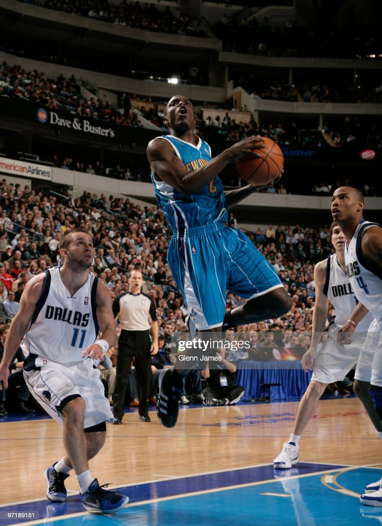New Orleans Hornets v Dallas Mavericks : News Photo