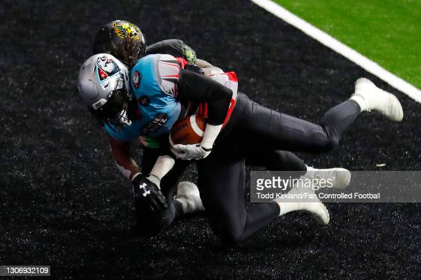 Darren Dowdell of the Glacier Boyz catches a pass in the end zone for a two-point conversion against the Beasts during the second half of a Fan...