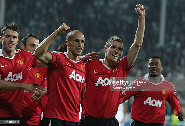 Darren Fletcher of Manchester United celebrates scoring their first goal during the UEFA Champions League Group C match between Bursaspor and...