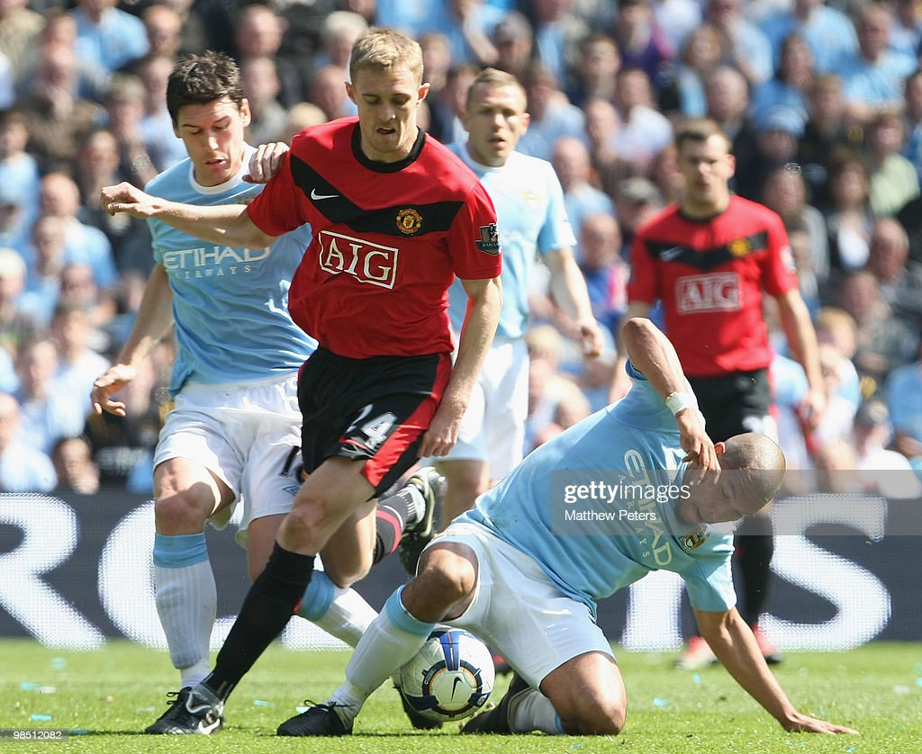 Manchester City v Manchester United : News Photo