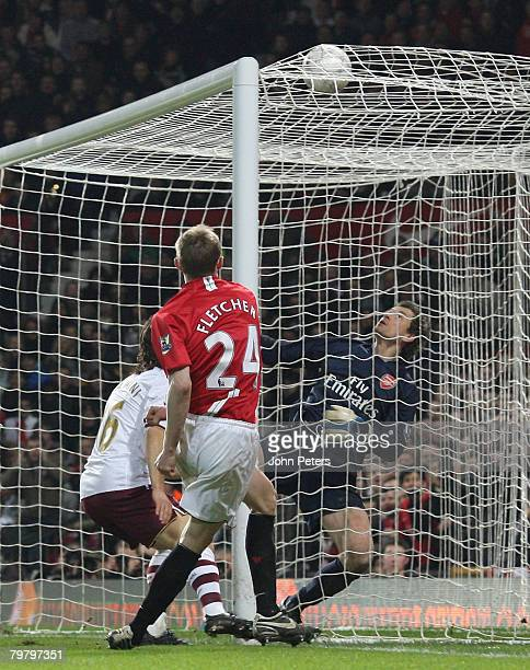 Darren Fletcher of Manchester United scores their fourth goal during the FA Cup sponsored by e.on Fifth Round match between Manchester United and...