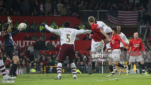 Darren Fletcher of Manchester United scores their second goal during the FA Cup sponsored by e.on Fifth Round match between Manchester United and...