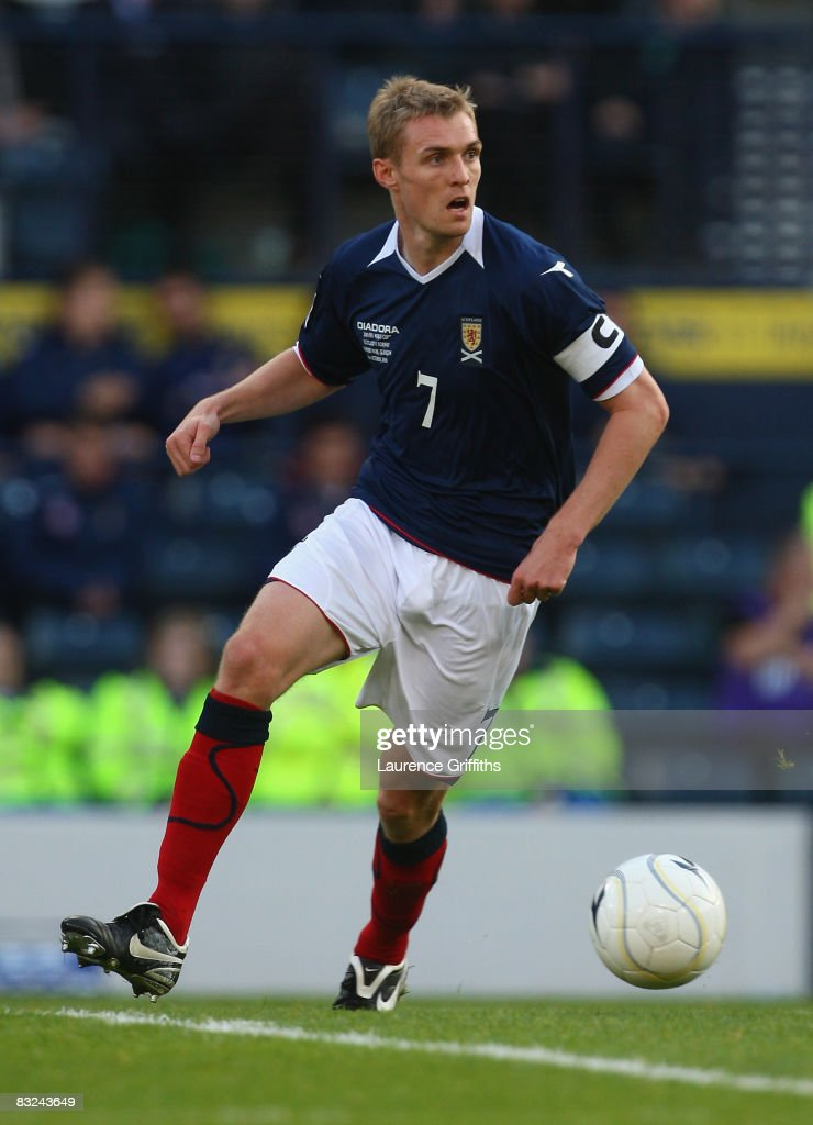 Scotland v Norway - FIFA2010 World Cup Qualifier : News Photo
