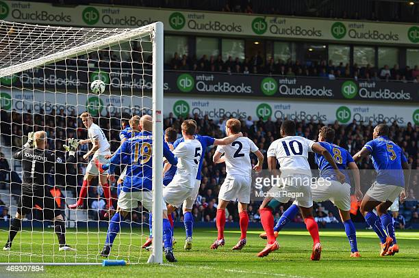 Darren Fletcher of West Brom scores the opening goal during the Barclays Premier League match between West Bromwich Albion and Leicester City at The...