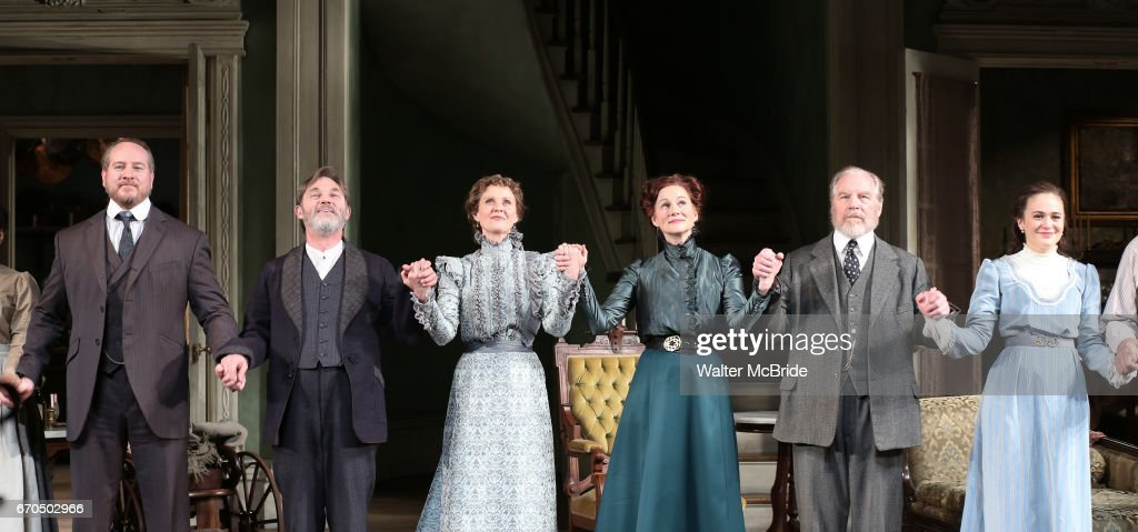 """The Little Foxes"" Opening Night - Arrivals & Curtain Call : News Photo"
