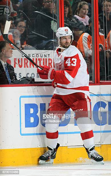 Darren Helm of the Detroit Red Wings skates along the boards against the Philadelphia Flyers on November 8 2016 at the Wells Fargo Center in...