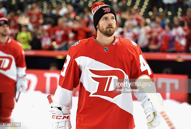 Darren Helm of the Detroit Red Wings takes the field to warm up before playing the Colorado Avalanche in the 2016 Coors Light Stadium Series game at...