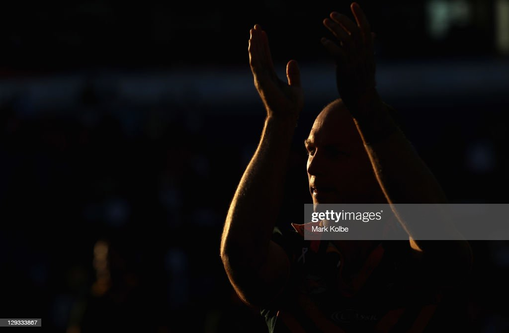 Darren Lockyer of the Kangaroos waves to the crowd on Australia's victory lap after their win during the International Test match between the Australian Kangaroos and the New Zealand Kiwis at Ausgrid Stadium on October 16, 2011 in Newcastle, Australia.
