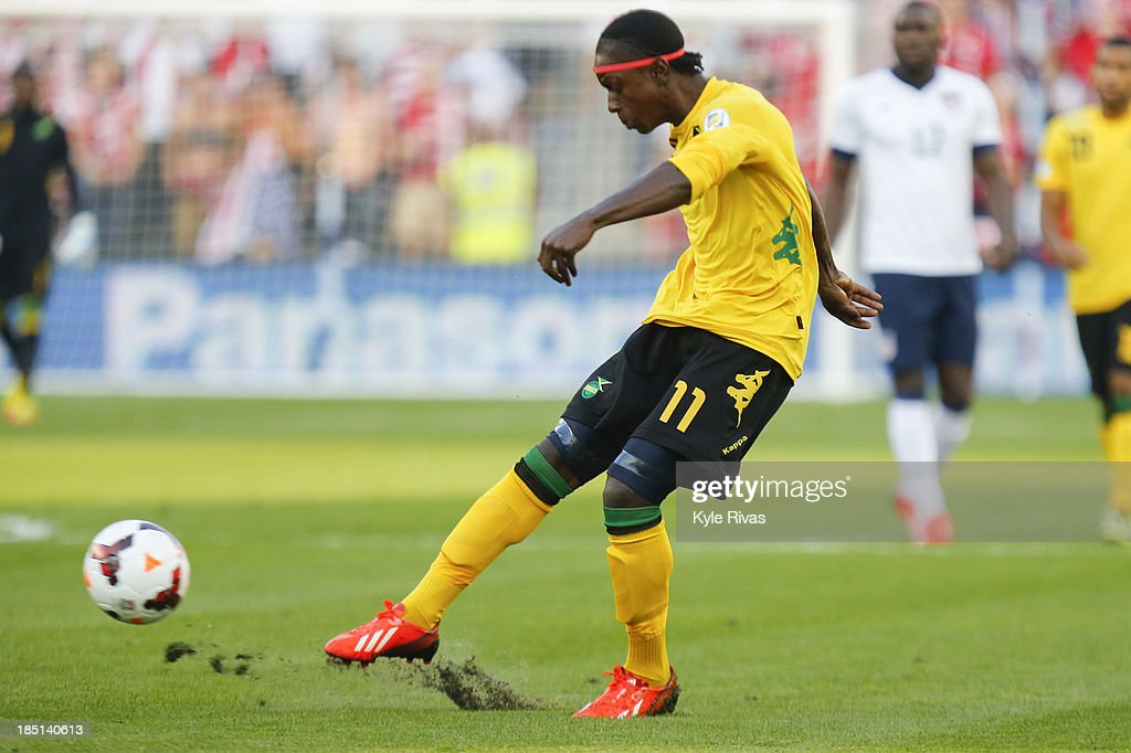 Jamaica v United States - FIFA 2014 World Cup Qualifier : News Photo