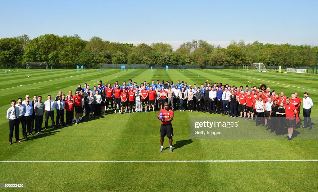 Darren Moore Wins the Barclays Manager of the Month Award - April 2018 : News Photo