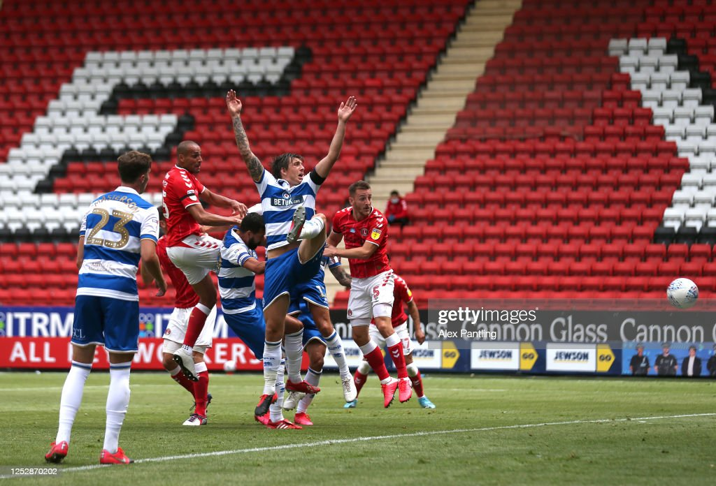 Charlton Athletic v Queens Park Rangers - Sky Bet Championship : News Photo