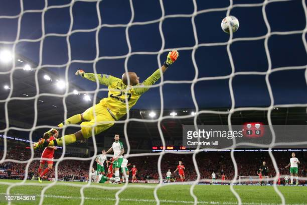 Darren Randolph of Republic of Ireland attempts to make a save as Gareth Bale of Wales scores his side's second goal during the UEFA Nations League B...