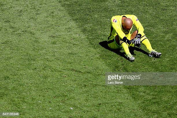 Darren Randolph of Republic of Ireland shows his dejection after his team's 12 defeat in the UEFA EURO 2016 round of 16 match between France and...