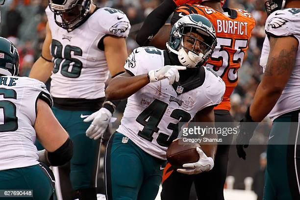 Darren Sproles of the Philadelphia Eagles celebrates after scoring a touchdown during the fourth quarter of the game against the Cincinnati Bengals...