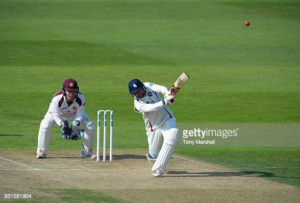 Darren Stevens of Kent bats during day one of the Specsavers County Championship Division Two match between Northamptonshire and Kent at the County...