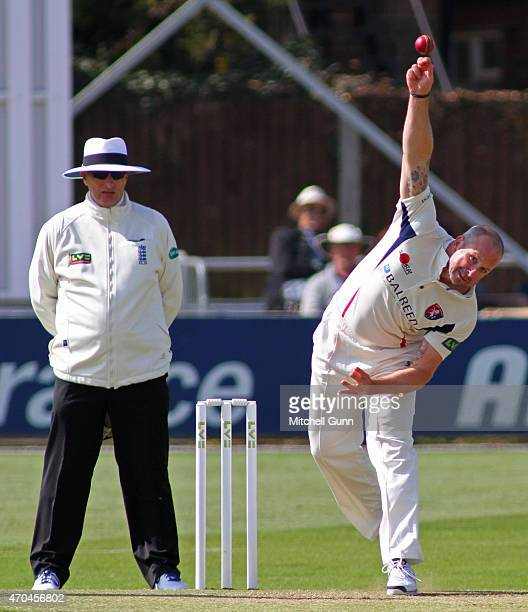Darren Stevens of Kent bowling during Day Two of the Division Two LV County Championship match between Essex and Kent at the Essex County Cricket...