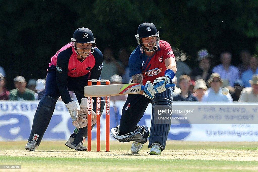 Middlesex Panthers v Kent Spitfires - Friends Life T20