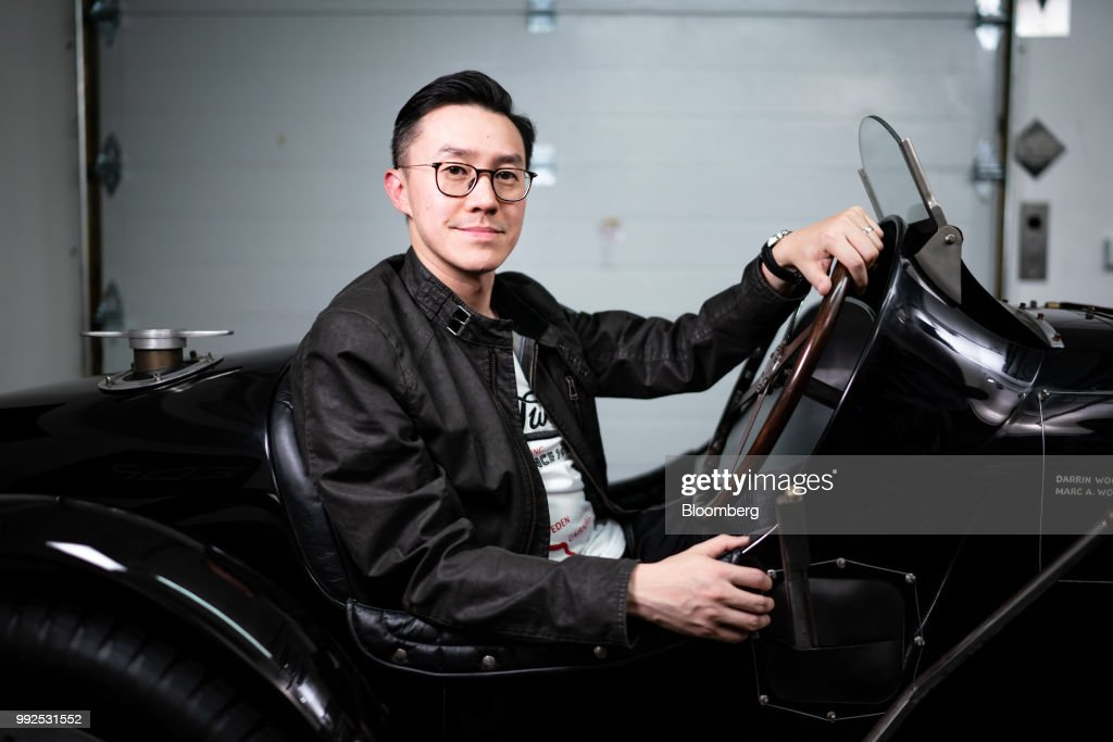 Classic Car Collector Darrin Woo with his Vintage Pur Sang Bugatti Type 35B : News Photo