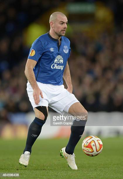 Darron Gibson of Everton in action during the UEFA Europa League Round of 32 match between Everton and BSC Young Boys on February 26 2015 in...