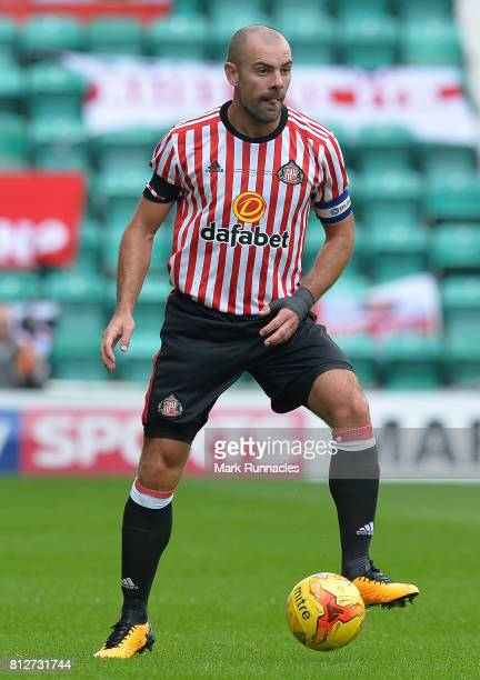 Darron Gibson of Sunderland in action during the pre season friendly between Hibernian and Sunderland at Easter Road on July 9 2017 in Edinburgh...