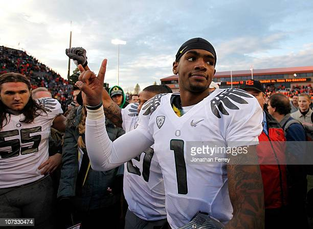Darron Thomas of the Oregon Ducks celebrates the 3720 victory over the Oregon State Beavers during the 114th Civil War on December 4 2010 at the...
