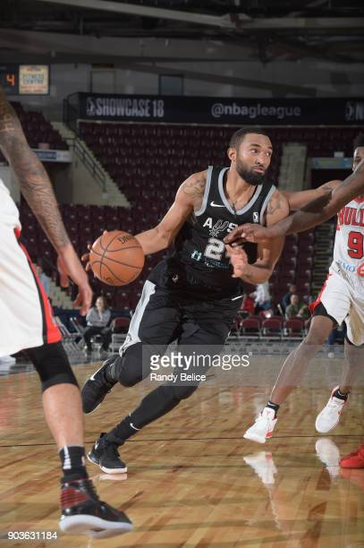 Darrun Hilliard of the Austin Spurs handles the ball against the Windy City Bulls during the NBA G League Showcase Game 3 on January 10 2018 at the...