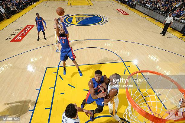 Darrun Hilliard of the Detroit Pistons shoots the ball during the game against the Golden State Warriors on January 12 2017 at ORACLE Arena in...