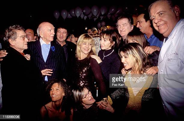 Darry Cowl Eddie Barclay Robert Charlebois Nicoletta Danielle Evenou Eddie Mitchell and friends around Its a the Birthday Cake