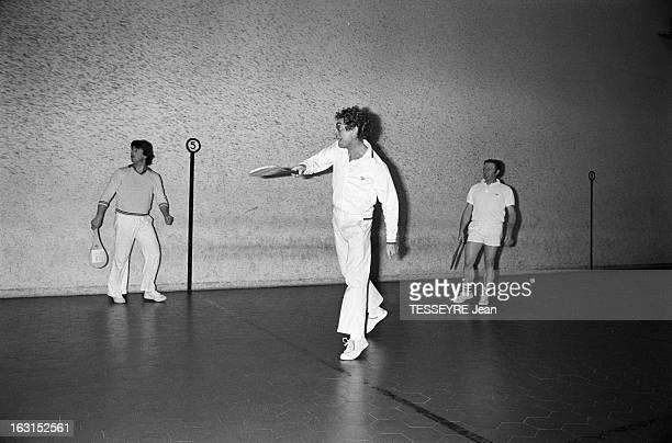 17 et 18 janvier 1977 / Costumé pour son rôle du 'Bain de Vapeur'
