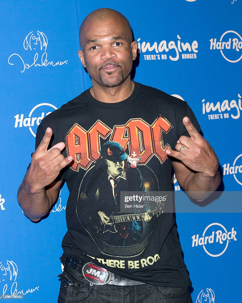 Darryl 'DMC' McDaniels attends the 5th annual Imagine There's No Hunger Campaign launch at the Hard Rock Cafe, Times Square on November 19, 2012 in New York City.