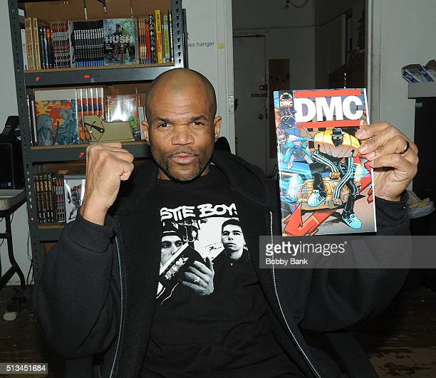 Darryl 'DMC' McDaniels signs copies Of 'DMC' 'Guardians Of Infinity' at Forbidden Planet on March 2 2016 in New York City