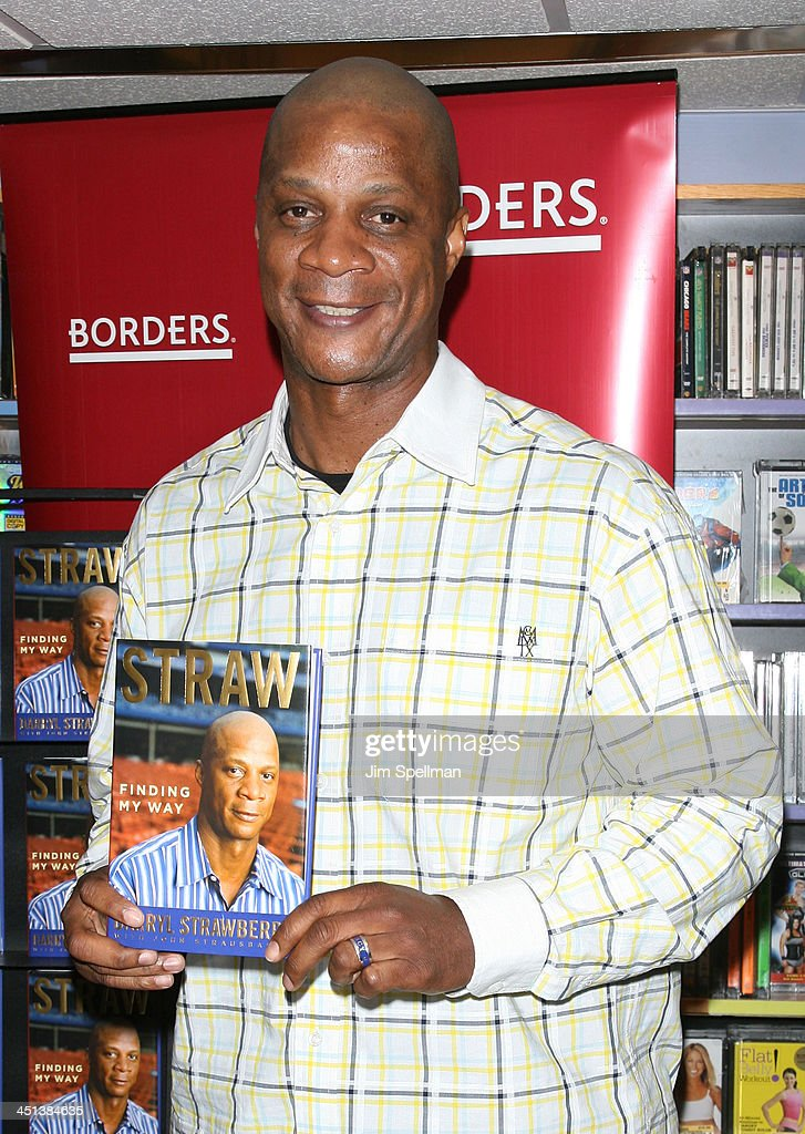 Darryl Strawberry promotes Straw at Borders Wall Street on May 1, 2009 in New York City.