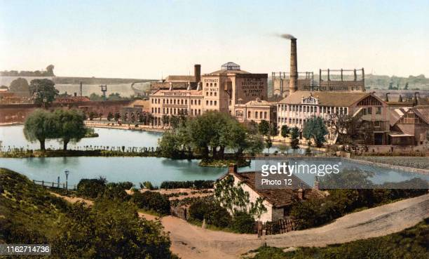 Dartford, Messrs. Burroughs, Wellcome & Co.'s factory, England, [between ca. 1890 and ca. 1900]. Photochrom, color.