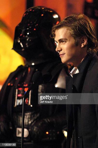 Darth Vader and Hayden Christensen present Favorite Male Singer