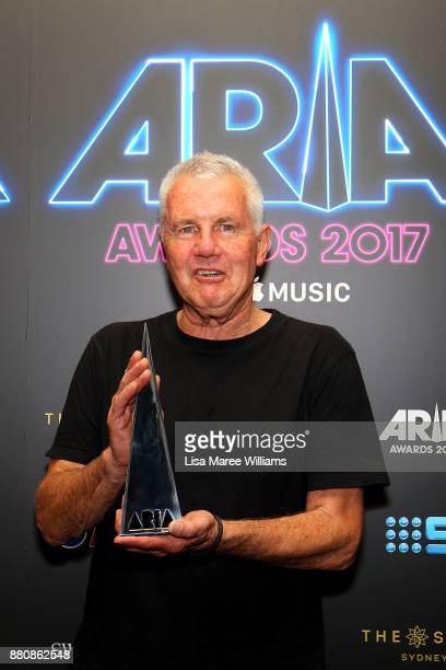 Daryl Braithwaite poses in awards room with an ARIA after being inducted into the Hall of Fame during the 31st Annual ARIA Awards 2017 at The Star on...