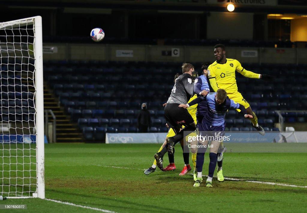 Wycombe Wanderers v Barnsley - Sky Bet Championship : News Photo