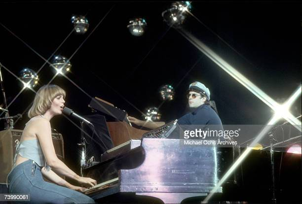 """Daryl Dragon and his wife Toni Tennille of the group """"Captain & Tennille"""""""