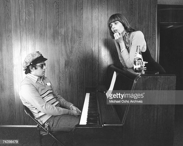 Daryl Dragon And His Wife Toni Tennille Of The Group