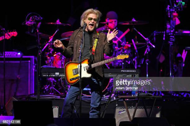 Daryl Hall and John Oates of the band Hall and Oates perform at Xcel Energy Center on May 11 2017 in St Paul Minnesota