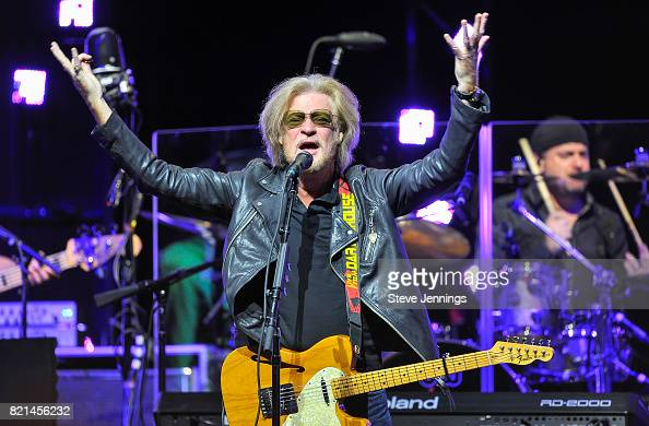 Daryl Hall Photos – Pictures Of Daryl Hall